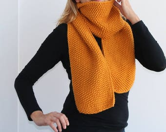 Knit scarf in mustard yellow , Winter knitted scarf. Handmade scarf. Women scarf, Men scarf