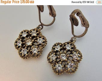 ON SALE Lovely Vintage Gold Tone Filigree Rhinestone Dangling Earrings