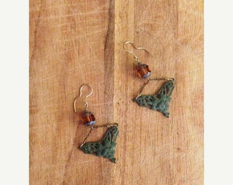 SUMMER SALE Jewelry. Victorian Inspired Glass and Metal Hanging Earrings