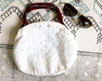 Vintage Eyelet White Bermuda BAg / 70s purse