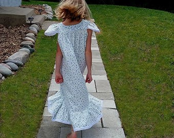 Nightgown-Size 8/ Girls, 100% Cotton-Knit, Wendy nightgown, Light Blue with Butterflies//READY to SHIP//Visit shop for other available sizes