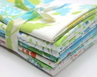 Vintage reclaimed Bed Sheet Fabric Fat Quarters - Blue Floral - set of 6