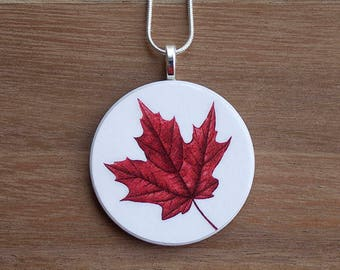 Maple Leaf Necklace, Maple Leaf Pendant, Vintage Maple Leaf, Handcrafted Jewelry, Gift for Nature Lovers, Free Shipping in US
