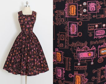 Vintage 50s Dress | 1950s wagon print dress | novelty print cotton | m/l | 5953