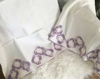 Set of Vintage Pillowcases / King Pillow Shams / Crochet Edging Pillowcase