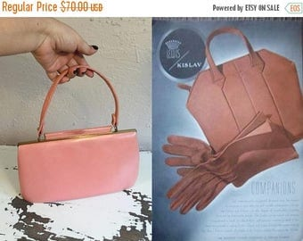WW2 ENDS SALE Flamingo Painted Lips - Vintage 1950s Salmon Pink Flamingo Pink/Peach Nicholas Reich Leather Handbag
