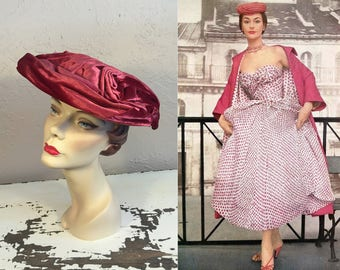 Rose Buds in Paris  - Vintage 1950s Deep Mauve Pink Velvet Swirl Platter Dish Wide Brim Hat