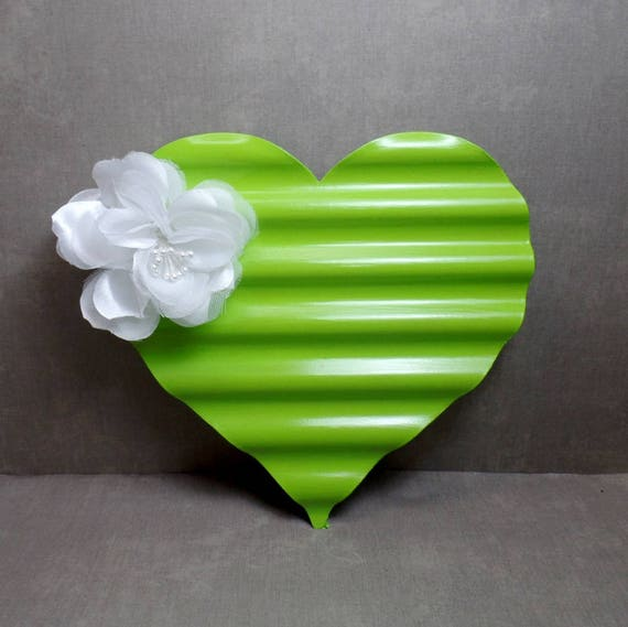 Green & White Metal Heart Wall Art - Heart Wall Hanging - Shabby Chic Heart - Heart Decor - Free US Shipping - Gifts