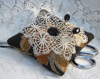 Fancy Pincushion Vintage Jewelry Beautiful Hatpins Old Doily