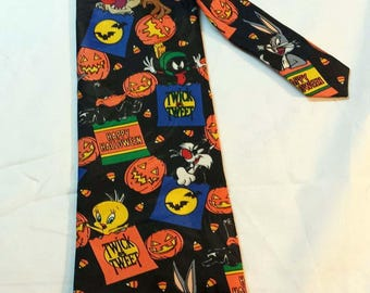 1996 Looney Tunes Mania Happy Halloween Theme Necktie with Warner Bros Characters