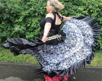 Gypsy skirt, tribal belly dance skirt, flamenco, boho skirt, belly dance costume, black and white skirt, 20 yard skirt, ATS skirt