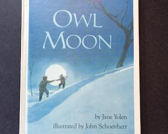 vintage book Owl Moon by Jane Yolen illustrated by John Schoenherr