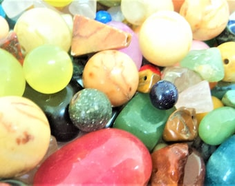 Quartz Agate Destash Lot... Drilled Beads... Mixed Lot... Pebbles Chips Round Shapes... 360g