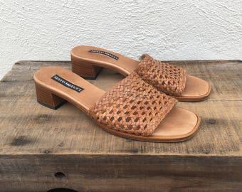 90s Vintage Woven Tan Leather Slip On Mules Boho Modernist Minimalist Italian by Sesto Meucci Ladies Size 7.5N