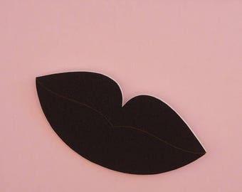 ON SALE Lips Brooch // Surreal Brooch // Pop Art Brooch // Black Lip Brooch