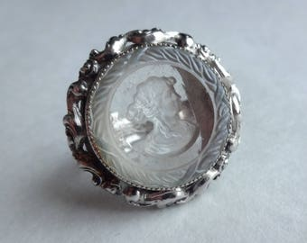 Intaglio Glass Cameo Ring by Whiting and Davis Size 7 (ish)