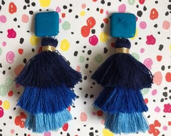 Big Tassel earrings - Blue