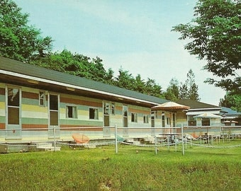Domaine Du Fleuve Motel Unused Vintage Postcard –  Vercheres Quebec Travel Postcard – Great Hotel Motel Collectible