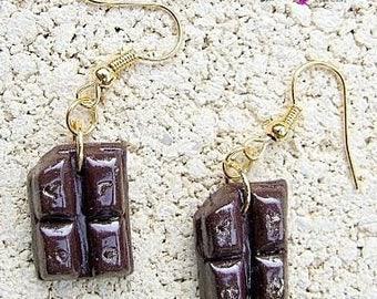 Earrings: chocolate love, polymer clay.