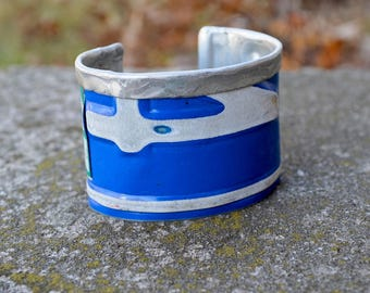 Vintage License Plates, Fold Down The Top, Get a Lot of Swank. In blue and white.  Vintage Plate Cuff.  By ReaganJuel: License15