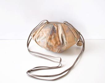 Sharif Handbag • 80s Purse • Leather Crossbody Purse • Sharif Bag • Painted Leather Handbag • Circle Purse • Vintage Leather Purse | B864