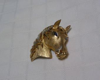Crown Trifari old tone blue rhinestone eyes horse head brooch