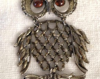 Owl Pendant Necklace, Moving Parts, Articulated, Gold Tone, Vintage