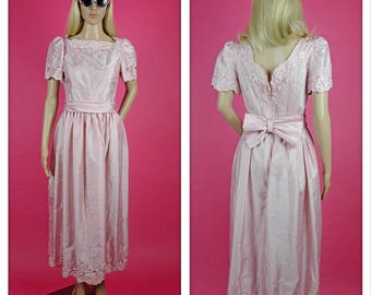 Vintage 1980s Pastel Pink Lolita Dress with Bow