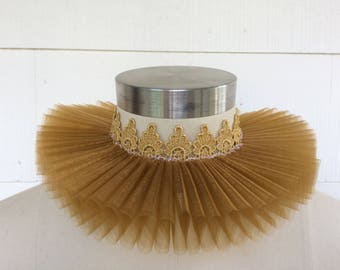 "Elizabethan Renaissance ruff collar NECK: 20"" GOLD & LACE Costume Ruffle Stage Theater Cosplay Shakespeare Wedding Bride Queen Halloween"