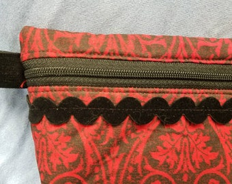 Zippered pouch purse cosmetic makeup bag black/red traditional print fabric