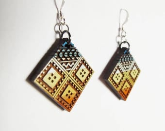 Large Diamond Morocco Earrings, Wood, Sahara 1