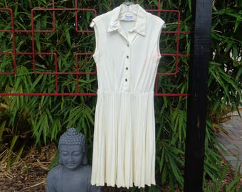 VINTAGE 1970 Ivory Sleeveless Accordian Pleat Dress by Sacony (available)