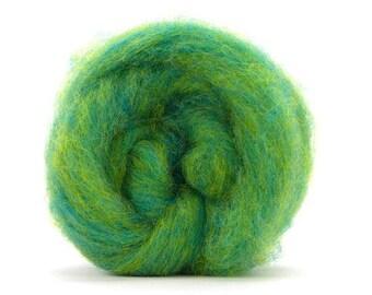 Corriedale Bulky Wool Roving - lemon Lime - 4 ounces
