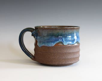 Coffee mug pottery, 17 oz, handthrown ceramic mug, stoneware pottery mug, unique coffee mug