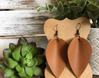Leather Petal earrings - Terra-cotta