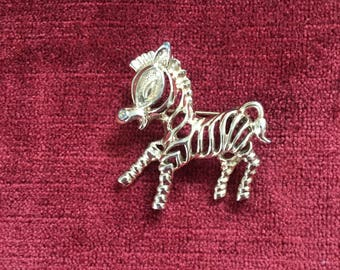 Vintage 1980s goldtone zebra brooch / pin