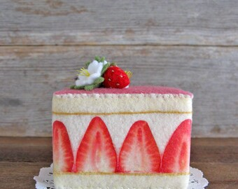 NEW Felt Food Fraisier Cake Strawberry Cake Slice