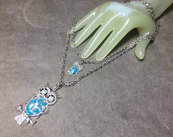 """Vintage 18"""" Silvertone Double Strand Mom & Baby Owl Turquoise Beaded Necklace"""