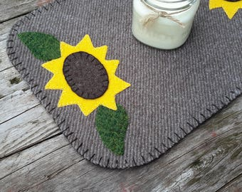 Sunflower penny rug, wool penny rug