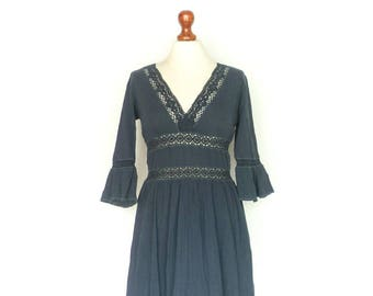 Vintage Summer Dress / Hippie Boho Bohemian Gypsy / Simple Comfy / Dark Blue / Midi / small medium