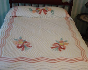"""Vintage Chenille Bedspread Fabulous Full Size 90 x 100"""" Fluffy Ribboned Bouquets"""