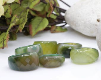 Green Agate Ring, Chunky Ring, Green Agate Band. Thick Band. Natural Stone Band. Moss Agate Ring. Agate Jewelry,Emerald Gemstone Hippie Ring