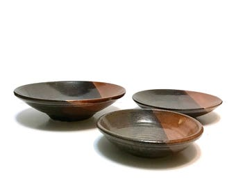 3pc set Studio Art POTTERY Bowls Abstract design, Dark brown and rust glossy