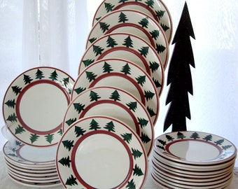 Christmas Dinner Plates/Platters/hand painted/Pier1/Christmas Banquet Dishes.