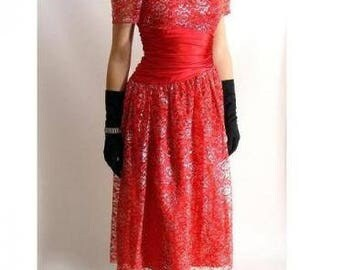 Red 80s Prom Dress. Satin & Lace Cocktail Party Dress. vintage Dress. 50s style. Silver Lace Sweetheart Valentines Holiday Dress. size M 7 8