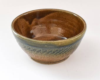 Small Ceramic Bowl in Brown with Texture. Cereal Bowl - Soup Bowl - Handthrown Pottery bowl - Handmade Pottery - Stoneware - Serving Bowl