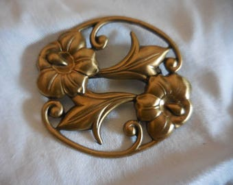 Vintage 1950s to 1970s Gold Tone Art Nouveau Looking Pin/Brooch Flowers/Leaves Retro Shiny