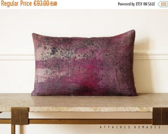 """ON SALE Linen. Decorative Pillow case. Rectangle 14""""x 22""""  Vintage influense.  Pink violet 02 .. / RETRO-Modern"""