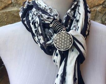 Black and White Scarf,  Fringe Yarn Scarf, Fringie Fashion, Neckwear, Accessories, Gift under 20