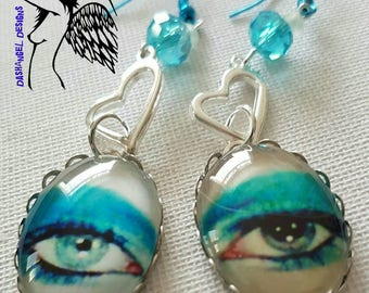 David Bowie Silvertone Cabochon Life on Mars eye Pop Art charm earrings. 25mm x 18mm oval cab.